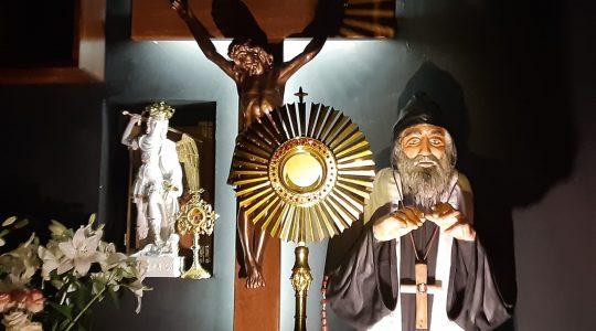 Modlitwa Uwielbienia-Adorazione Eucaristica-Kaplica św. Charbela na Florencji-31.10.2020
