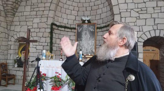 Visitiamo l'eremo e il santuario con padre Jarek (16.11.2020)