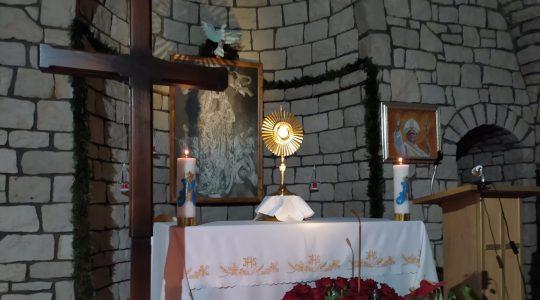 Transmisja z Adoracji Najświętszego Sakrementu i modlitwy o uzdrowienie i uwolnienie przez wstawiennictwo św.Charbela, godz. 14.55-Florencja 22.11.2020