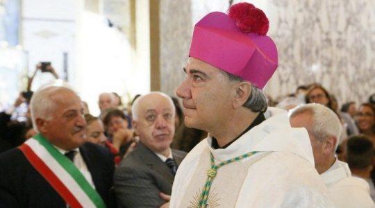 Nowy arcybiskup w Neapolu wyszedł do bezdomnych 7.02.2021