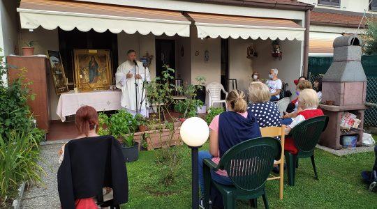 Wspólna modlitwa, błogosławieństwo i broszury z Loreto 27.07.2021