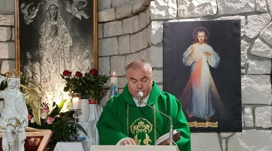 Transmisja Mszy Świętej,godz.19.30-XXVII Niedziela Zwykła,Florencja 3.10.2021
